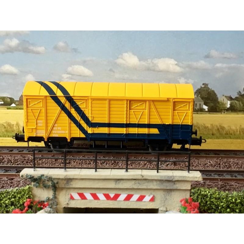 LIMA TOYS 6114 WAGON COUVET POUR TRAIN DE SECOURS LIVREE BLEU/JAUNE.
