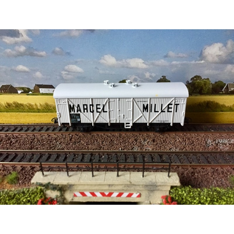 (OCCASION) ROCO 46051 WAGON COUVERT MARCEL MILLET