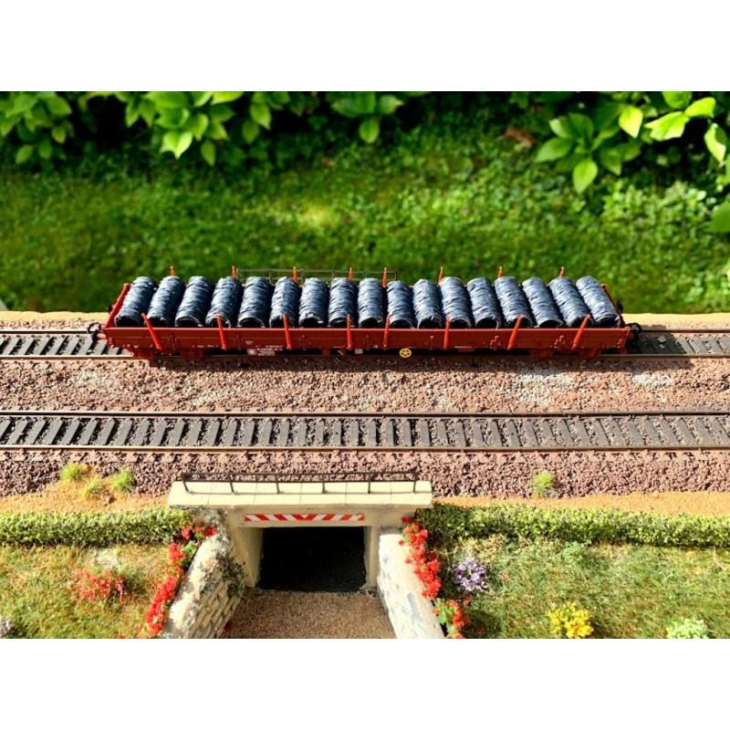 HJ6192 WAGON PLATE-FORME 4 ESSIEUX RES SNCF + CHARGEMENT DE BOBINE DE FIL -