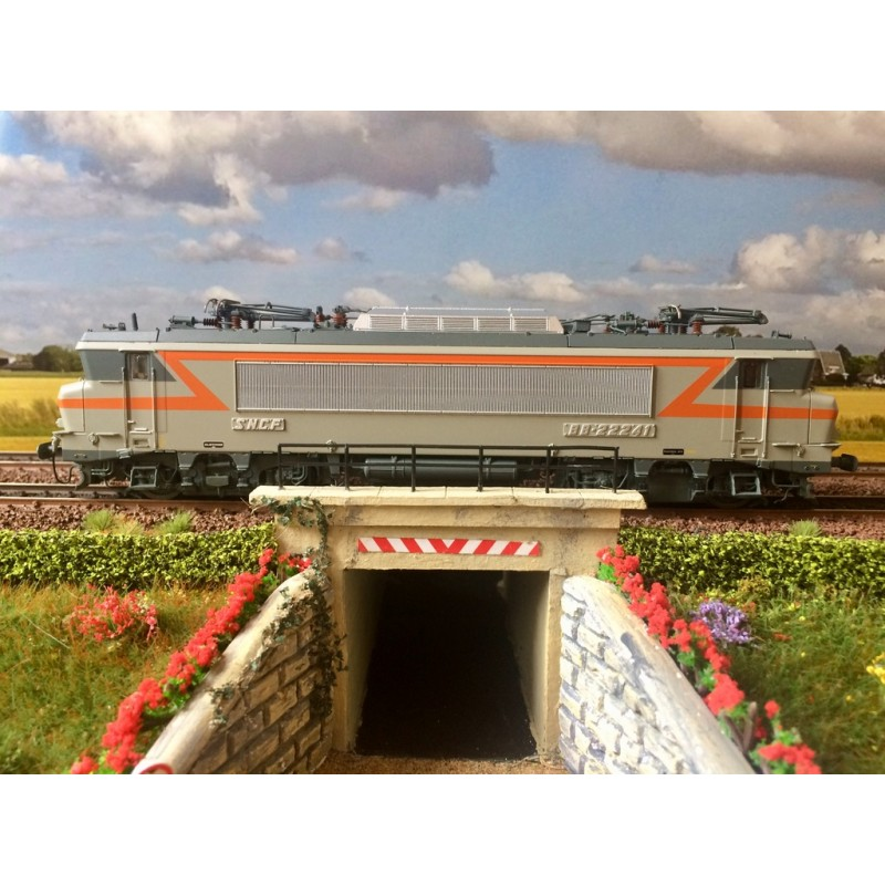 LS MODELS REF: 10 438S LOCOMOTIVE ELECTRIQUE BB22241 SNCF, GRIS/ORANGE, MARSEILLE, DC SOUND...